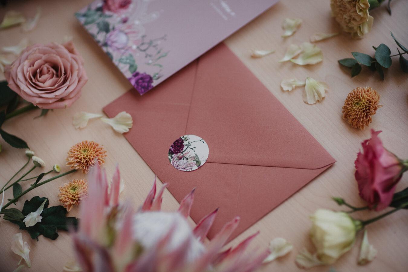 busta rosa rame adesivo
